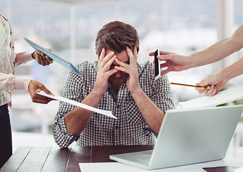 Los Comerciales no pueden perder días enteros en un curso o en la oficina con formaciones online. Profitable Knowledge Soluticon. Formación Comercial de TakeaLeap